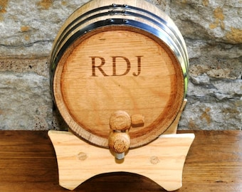 2 Liter Personalized Oak Whiskey Barrel - Mini Whiskey Barrel - Groomsmen Gift - Gift Ideas for Him - GC1028