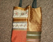 Very useful, very colorful little tote.
