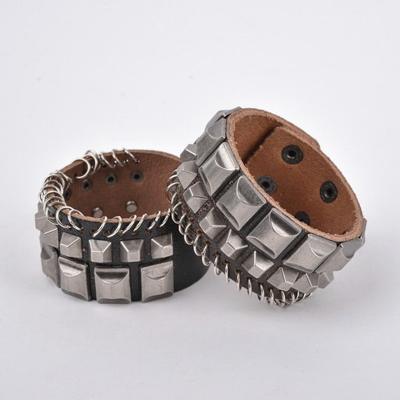 Items similar to best jewelry punk rock rivets bracelets for Rivets for leather jewelry