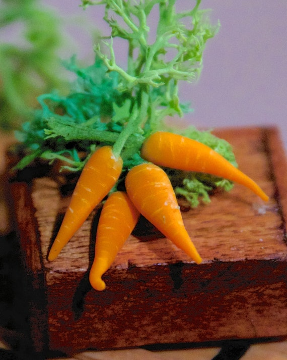 Dollhouse Miniature Food - Miniature polymer clay carrots