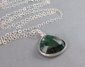 Green Emerald,Genuine Emerald Necklace,Green Stone Necklace,Birtstone,Birthstone Necklace,Real Emerald,SeaMaidenJewelry
