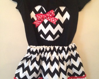Modern Minnie Mouse-inspired Disney outfit
