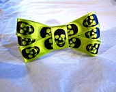 Barrett Skull Bow Hair Clip Scary Fun Neon Green Black Halloween Day Glow