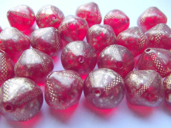 25 pcs Diagonal Cube Drops , Vintage German Beads , Charms ...