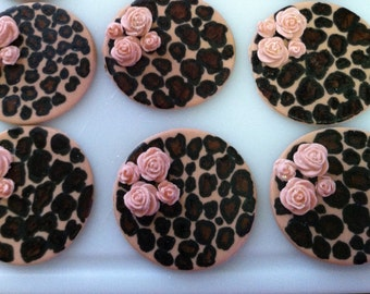 Leopard print cupcake toppers w/ roses