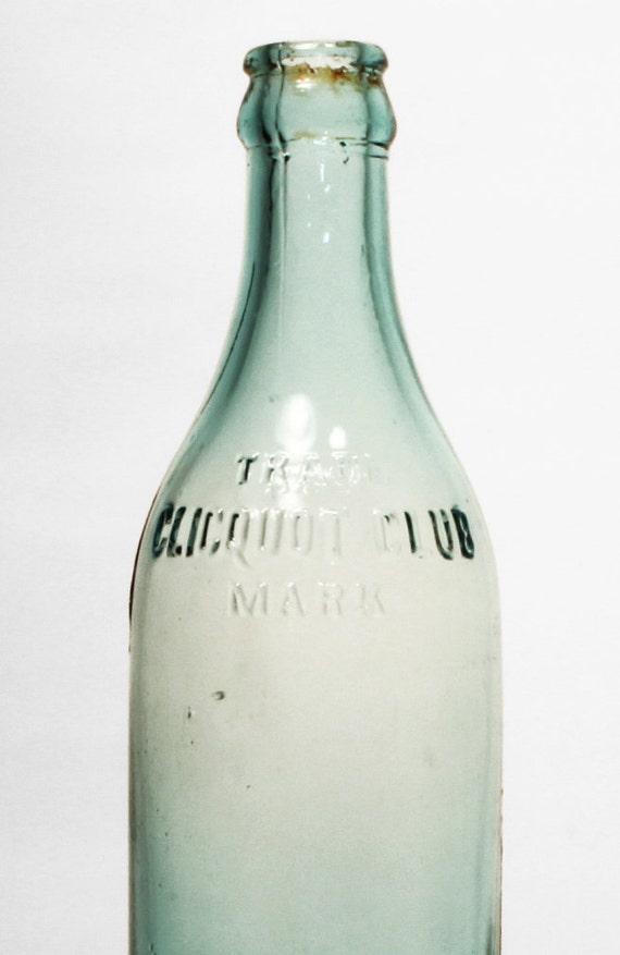 Old bottles aqua glass old soda bottles home decor antique for Decor drink bottle
