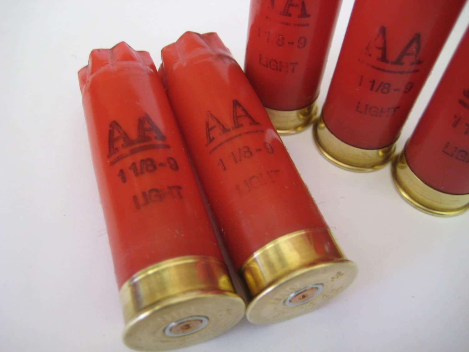 Huge Lot 25 Empty Shotgun Shells/Hulls 12 gauge Winchester AA