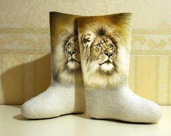 Lions - Hand Painted Woman Winter Boots, Handpainted Customized Felted Shoes, Natural Ship Wool