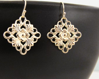 Gold Filigree Dangle Earrings Modern Elegant Design 14kt Gold Filled Earwires Light Airy Beautiful