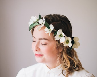 White Flower Head Crown