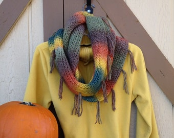 Tuscan Infinity Scarf - a loom knit pattern