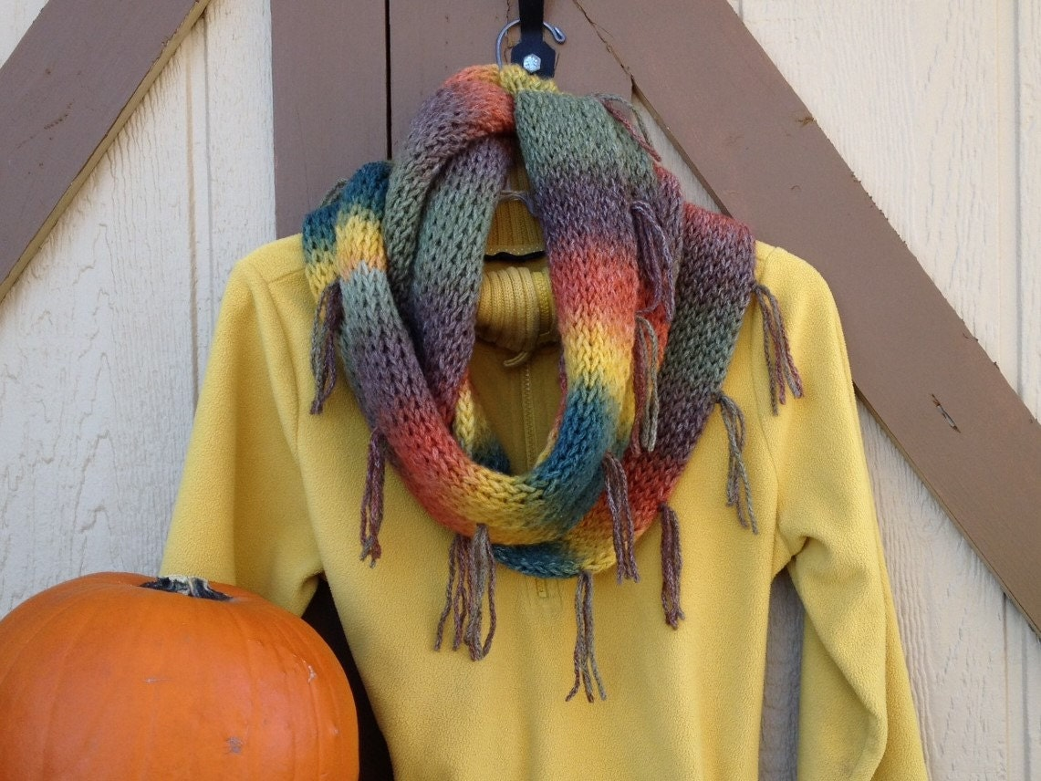 Knitting Loom Scarf Fringe : Tuscan Infinity Scarf - a loom knit pattern from DaynaScolesDesigns on Etsy S...
