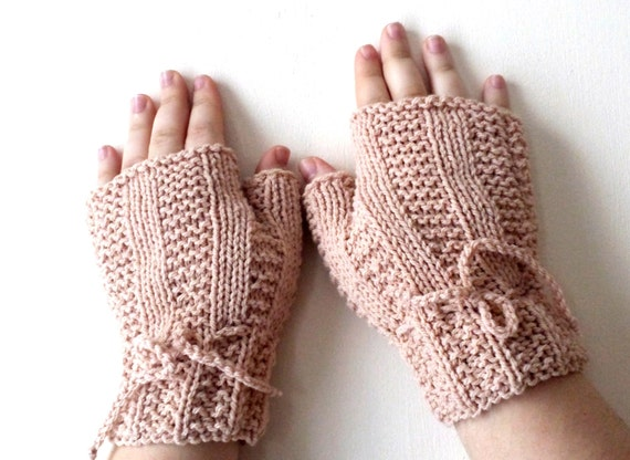 Fingerless gloves, Hand Knit mitts, mittens, wrist warmers in ivory, cream - Hand knitted cable Mittens