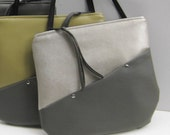 Crossover Shoulderbag in Colorblock Pearl White with Gray Vegan Leather