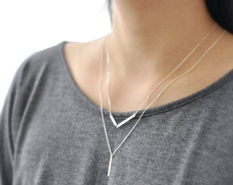Asymmetrical chevron necklace - 2 bars necklace - Minimal sterling silver necklace - double bar V - minimalist jewelry - Diagon SS