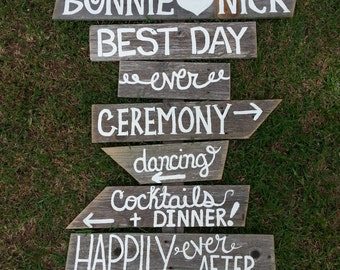 Rustic Wedding Sign BEST DAY EVER Romantic Outdoor Weddings Hand Painted Reclaimed Wood. Rustic Weddings. Vintage Weddings. Road Signs.