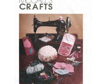 Sewing Accessories Craft Pattern - McCalls 2452 - Organizer / Travel Sewing Kit / Pin Cushion / Eyeglass Case / Needle Case Uncut