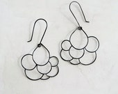 Cumuls Droplet Earrings