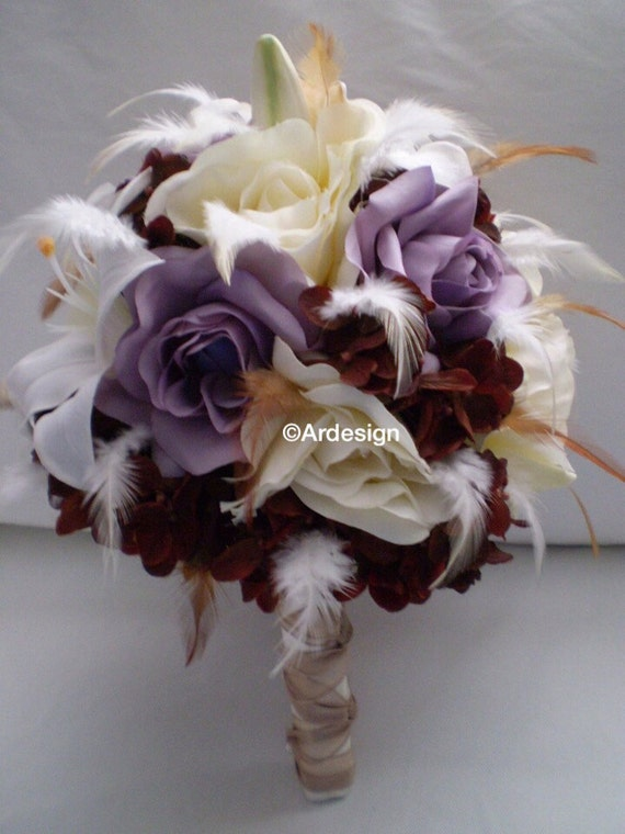 VINTAGE VOGUE Wedding Bouquet With Feather Accents