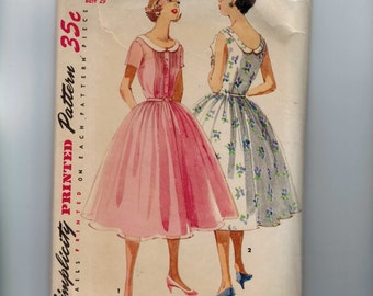 1950s Vintage Sewing Pattern Simplicity 1618 Summer Party Dress Full Skirt Pin Tuck Front Collar Size 11 Bust 29 50s 1956  99