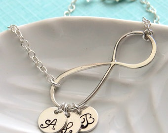 Gift for Mom Infinity Charm & Initials Bracelet Eternity Charm Custom Jewelry Personalized Initials Family Jewelry New Mom Mother's Day