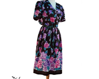 1980s Floral Print Day Dress - Romantic Vintage Roses in Pink & Purple - sz Small Medium