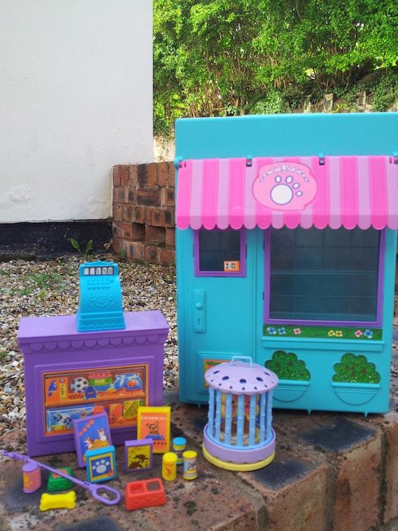 Pet shop play set vintage kenner 1992 littlest pet shop toys for Home decor kenner