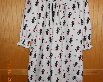 Size 6 girls nightgown