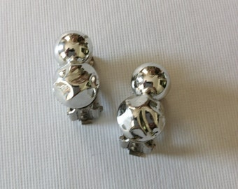 Vintage Silver Tone Plastic Ball Earrings Clip On