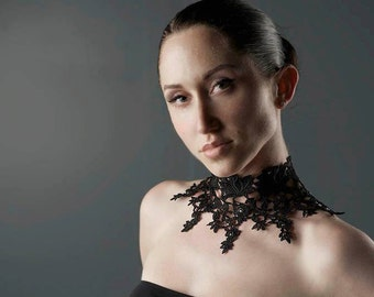 Victorian Lace Choker -  Black Rose Lace with Swarovski Rhinestones - Gothic Lace Choker
