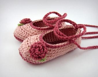 Pink Crochet Baby Shoes - baby girl booties, baby shower gift, pink baby shoes, baby girl clothes