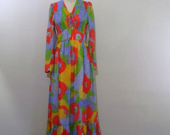 Vintage 1970s Maxi Dress ..  Floral Hippie Maxi ... Bright Bold Floral ... Candi Jones ... Size Small to Medium