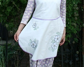 Vintage 1920s White & Purple Embroidered Flour Sack Pinafore Apron