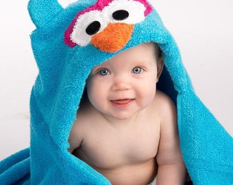 Girl Blue Owl Hooded Towel
