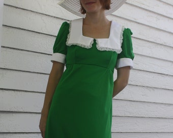 Vintage 70s Dress Dolly Retro Green Maxi Lace Collar S