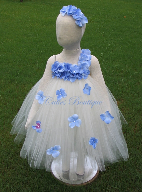 Ivory dress with periwinkle hydrangea fower dress wedding for Periwinkle dress for wedding
