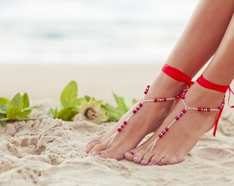 Barefoot beach shoes, red poppy footless sandals, beach bridal jewlery, bridesmaid toe ring anklet, summer wedding shoes. GEORGIA Red