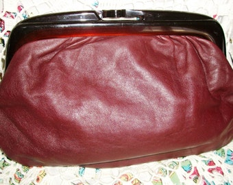 ITALIAN LEATHER CLUTCH, Vintage Handbag, Burgundy w/Lucite Handle, Excellent Condition, Classic Design, European Fashion - Sale!
