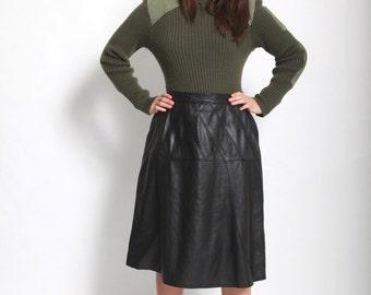 Vintage 1980s black leather A-frame skirt medium