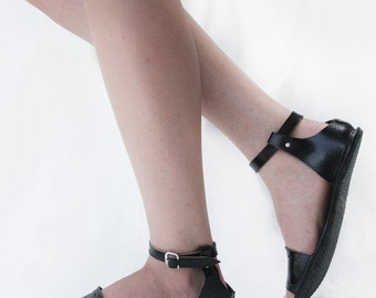 Sandals Handmade Leather - Cut Here in Black - CUSTOM FIT