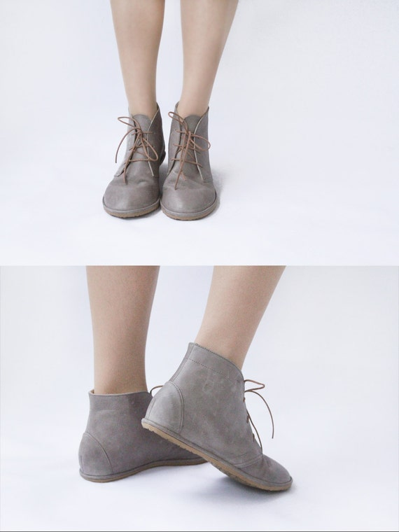 flat lace up ankle boots leona in grey handmade