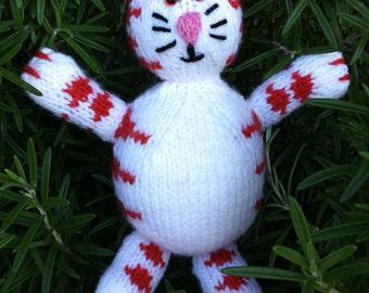 Ginger Tom: Knitted ginger rotund cat.
