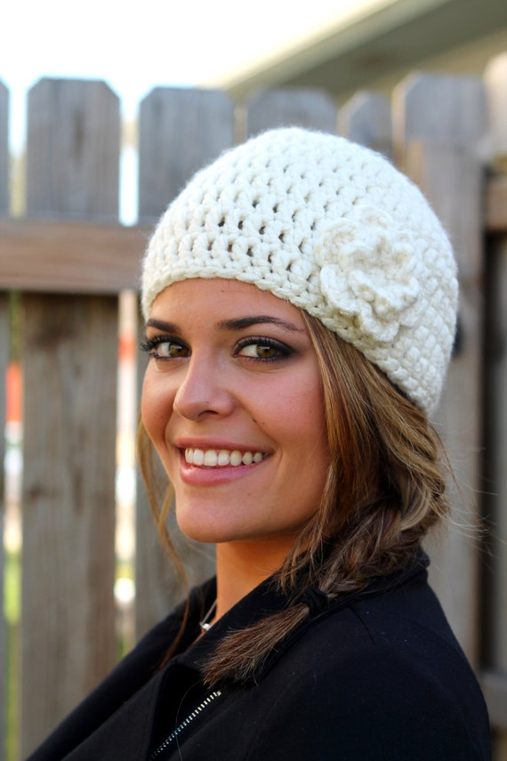Cozy Woman's Winter Hat in Off White with Flower