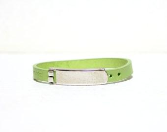 Single Wrap Minimal Leather Bracelet(APPLE GREEN)