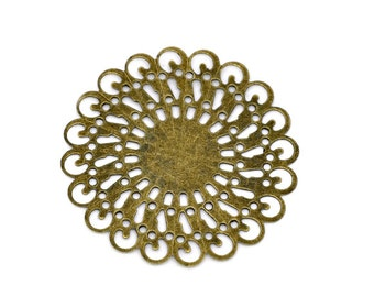 Filigree : 10 Antique Brass Filigree Flower Connectors / Antique Bronze Dahlia Filigree Stampings ... Lead, Nickel & Cadmium Free 14166.M