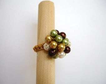 Assorted Glass Pearl Crochet Ring
