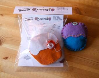 Cupcake Sewing Kit - Orange/White