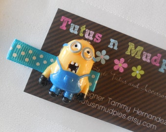 Two Eyed Minion Hair clips
