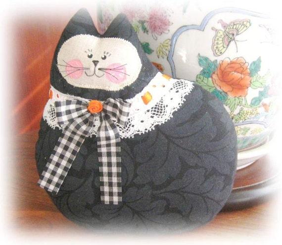 Black Cat Pillow Doll, Cloth Doll 7 inch BLACK HALLOWEEN, Primitive Soft Sculpture Handmade CharlotteStyle Decorative Folk Art