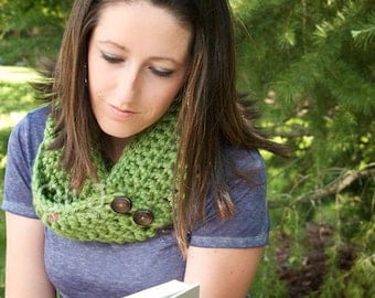 Infinity Option Scarf w/ Buttons - Peridot - READY TO SHIP